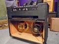 1967-1968 Vox Viscount V1153-V1154, 2delige closed back, half open closed back, Oxford Gold Bulldog 12 inch 16 ohm Alnico speakers, 1 speakerdeksel eraf.