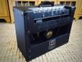 1967- Vox Cambridge Reverb V1032 US Solid State, back met E tuner.