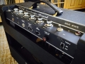 1967- Vox Cambridge Reverb V1032 US Solid State, met E tuner rechts op achterpanel. 1 kanaal, 3 inputs, Controls Volume, Treble, Bass, Reverb, Tremolo S-D, MRB footswitch.