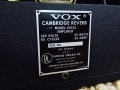 1967- Vox Cambridge Reverb V1032 (V1031 plus E tuner) US Solid State, typeplaatje.