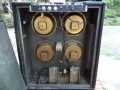 1968- Vox Scorpion V116 open cabinet 4 ohm, 4x10 inch Oxford Golden Bulldog 16 ohm ceramic speakers zonder kapjes, cross-over. BerkeleyII V1083 preamp boven.