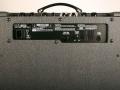 2007-2009 AD30VT XL Valvetronix Extreme lead, closed back met Aziatische 10 inch speaker.