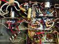 Framez Echomatic  Model No. 2  Wheel echo, rechts 6 buisvoeten,  links aansluitstrip weergavekoppen en levelregelaar kop 1 t/m 3.